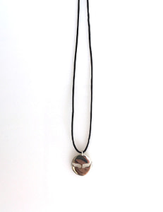 113 collier aile trouee web